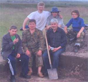 На раскопках Сендимиркинского могильника. Вурнарский район