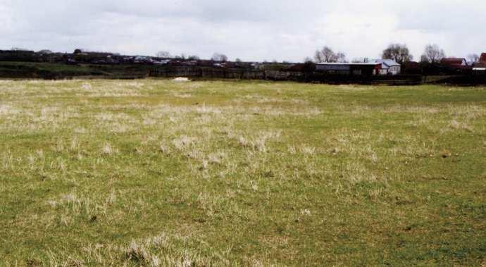 Рис. 18. «Ахеллова яма», древнее языческое кладбище, где похоронен Ахелле. Фото 2008 года.