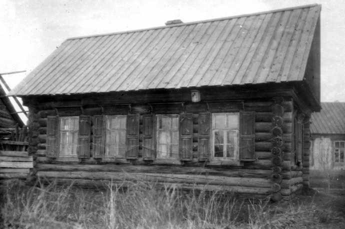 Рис. 20. Школа для учащихся деревень Уразмаметево и Полевые Козыльяры. Здание построено в 1905 году.