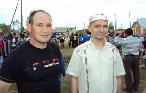 Слева направо: ..., Владимир Алмантай